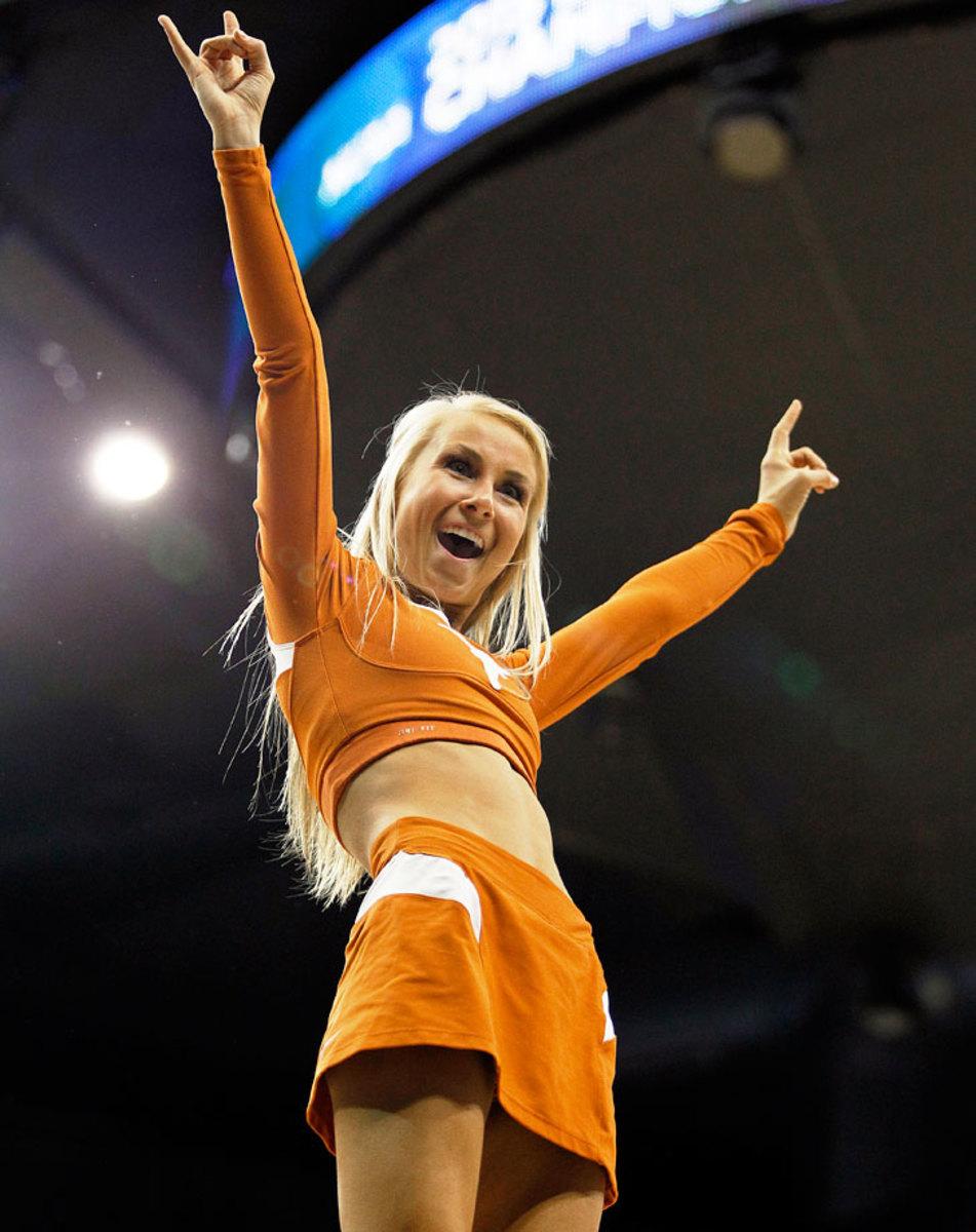 Texas-cheerleaders-466891642_10.jpg