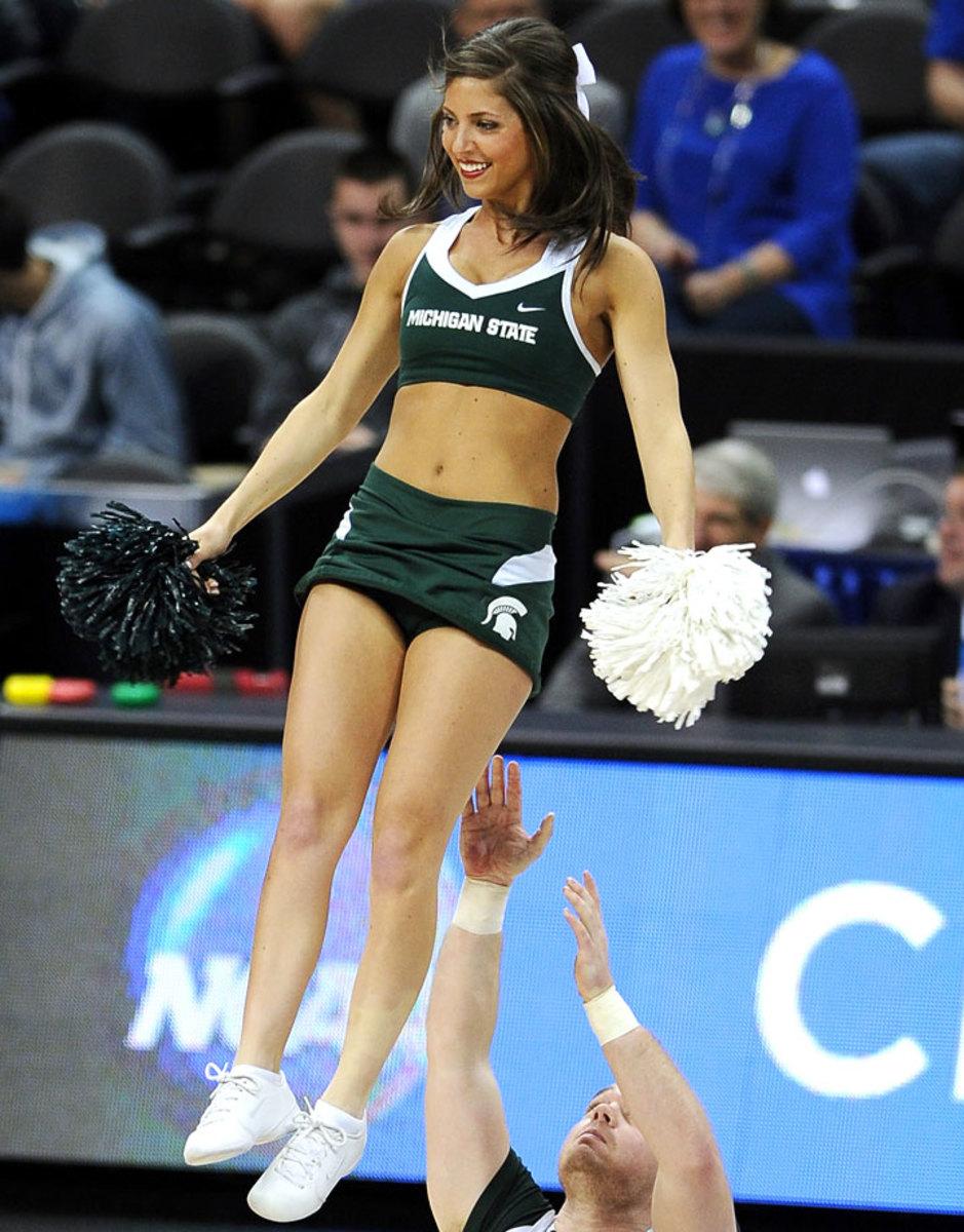 Michigan-State-cheerleaders-467330562_10_1.jpg