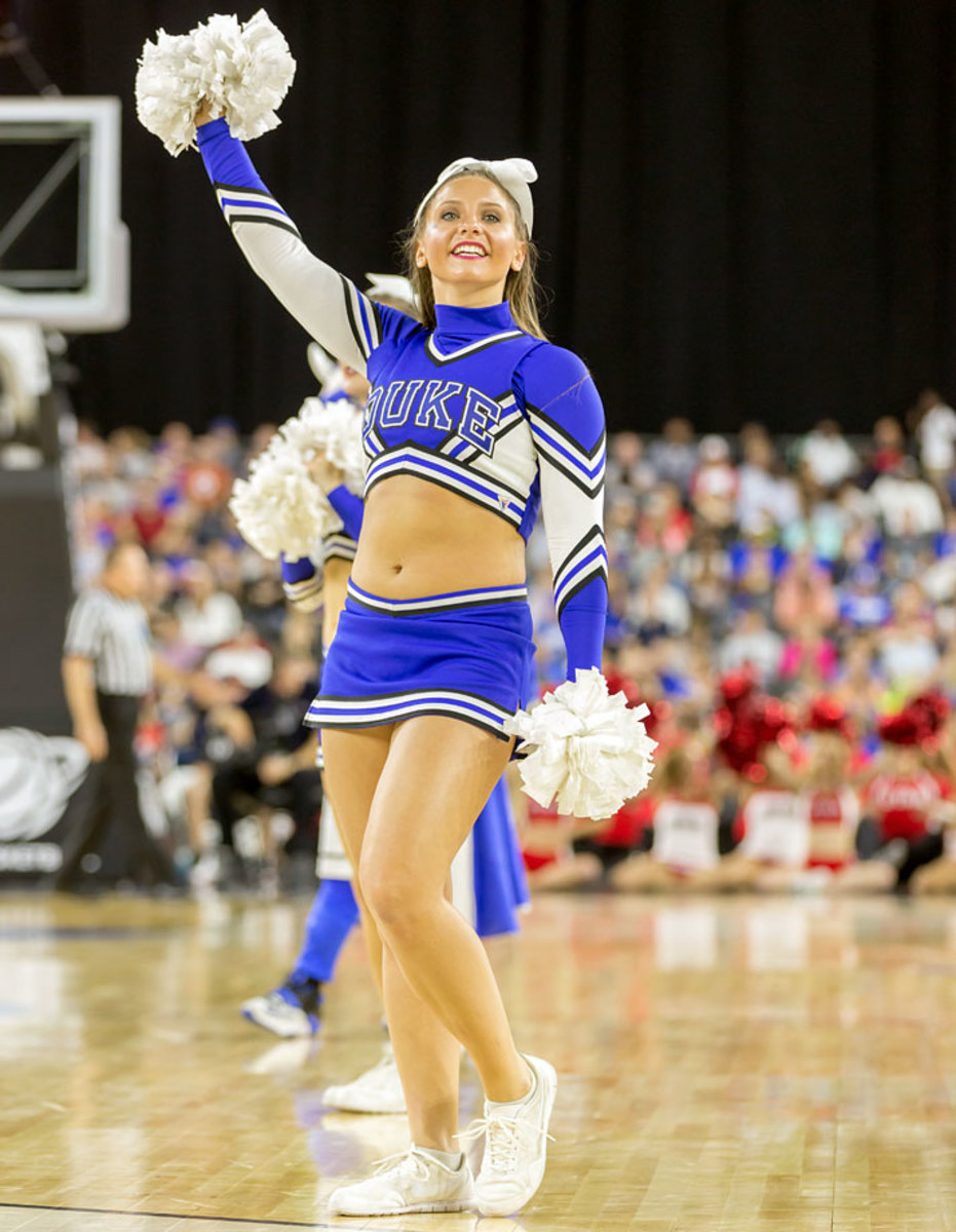 Duke-cheerleaders-DBA150327_Duke_vs_Utah54.jpg