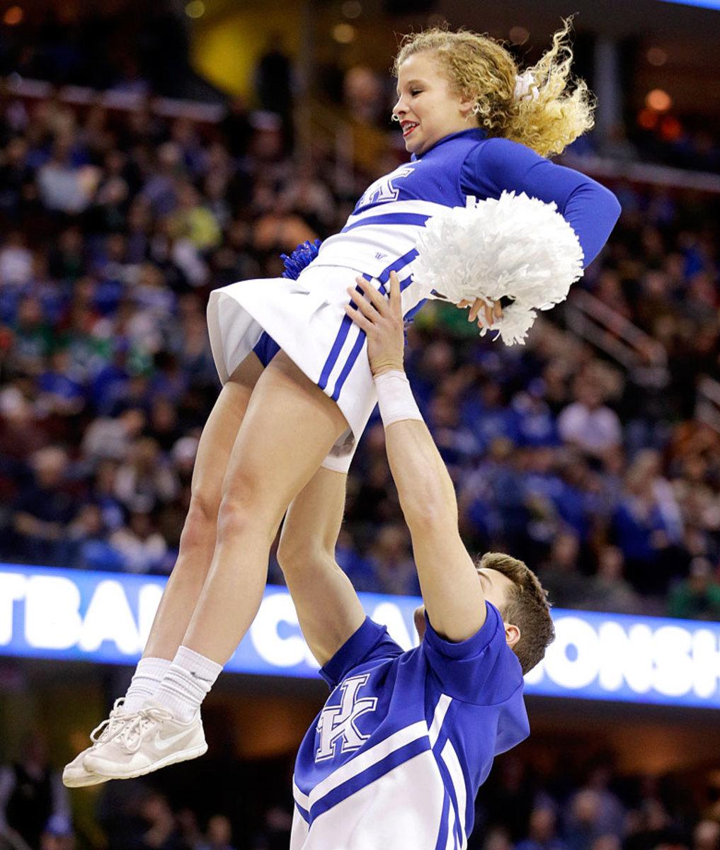 Kentucky-cheerleaders-16233e939c124ca5a3c880b99dbd728e-0.jpg