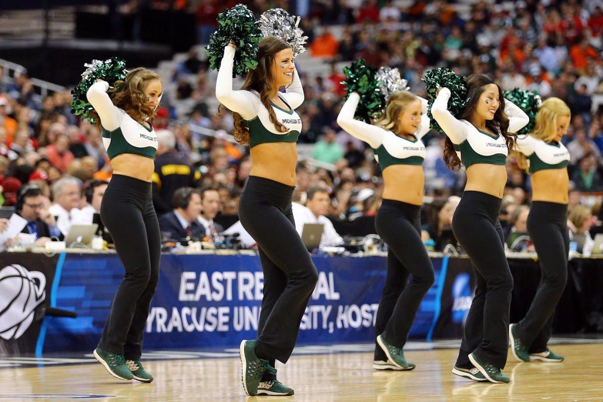 Michigan-State-cheerleaders-467854868.jpg