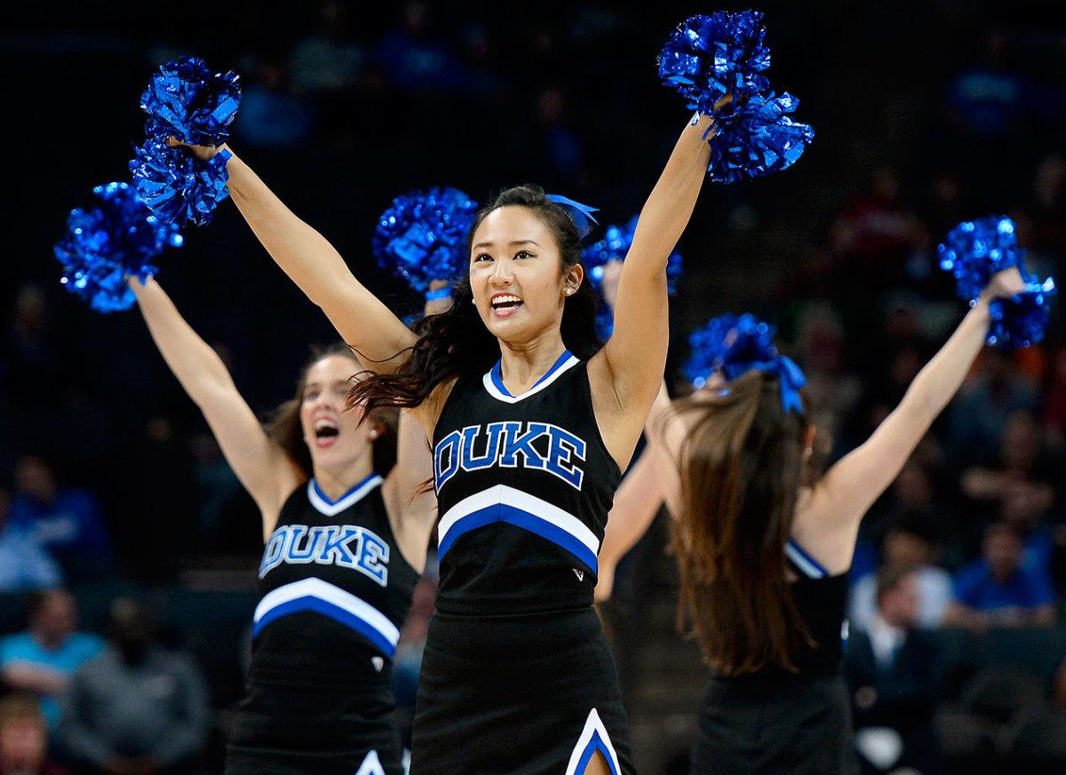 Duke-cheerleaders-467082712_10_0.jpg