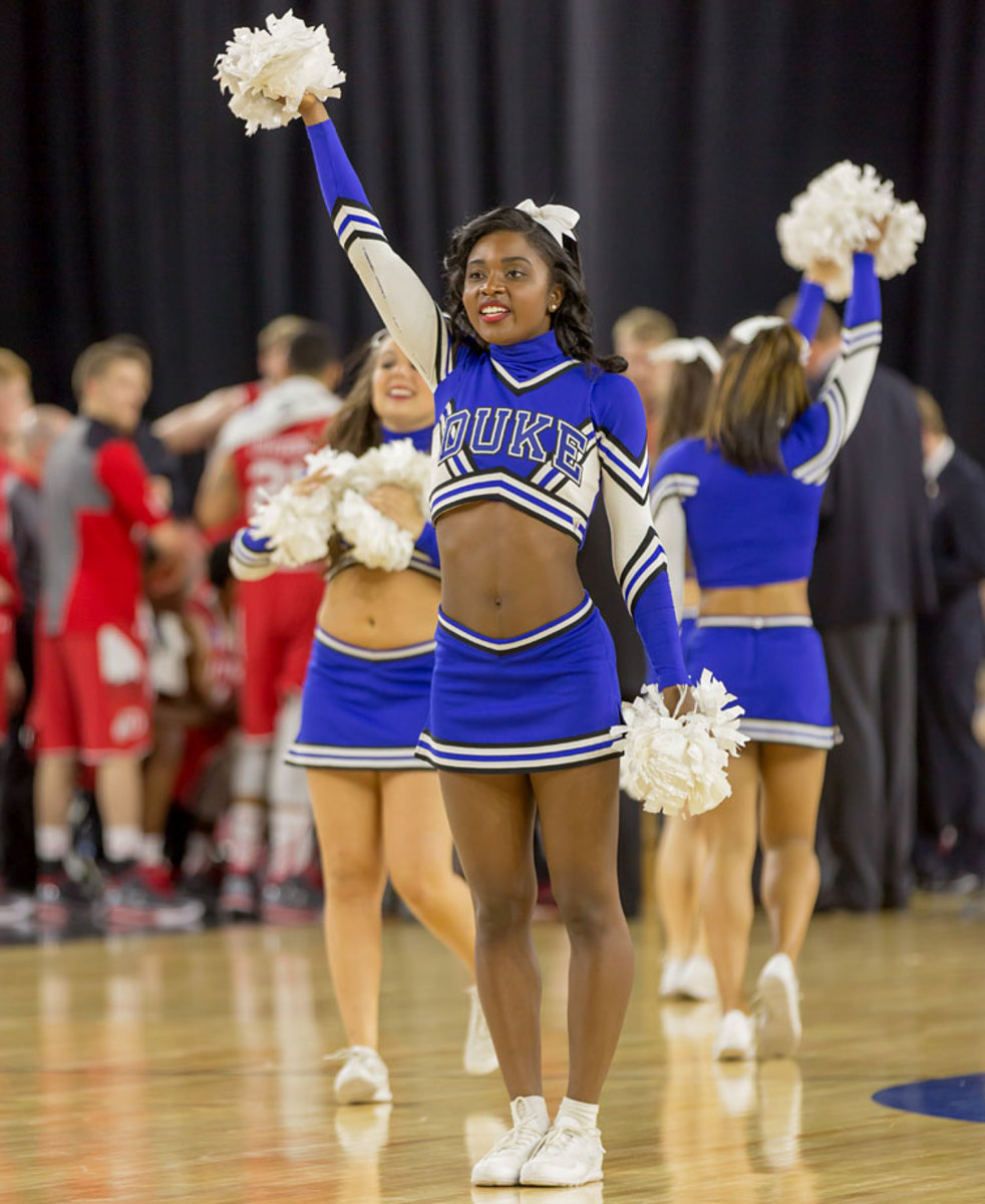 Duke-cheerleaders-DBA150327_Duke_vs_Utah16.jpg