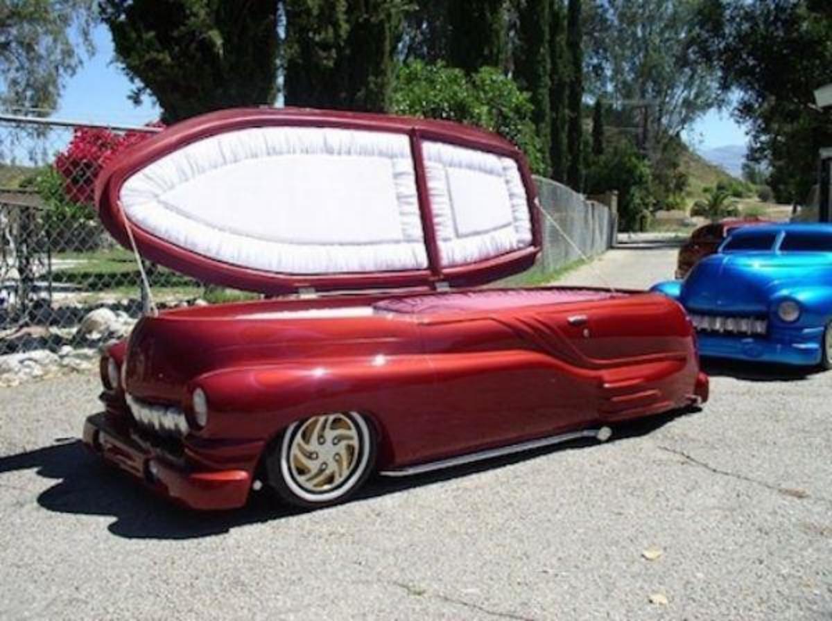 weird-coffin.jpg
