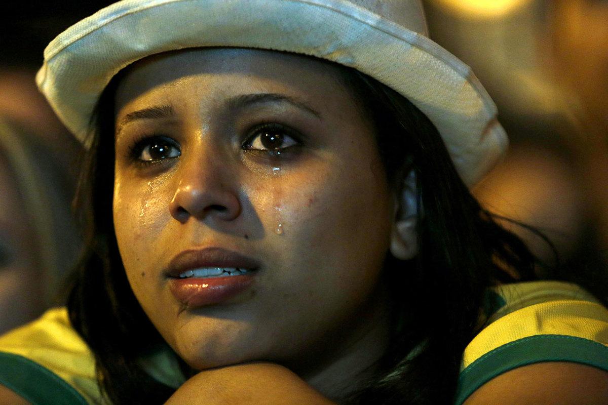 sad-brazil-fan-432e14c993e74fdcba6757134922629f-0.jpg