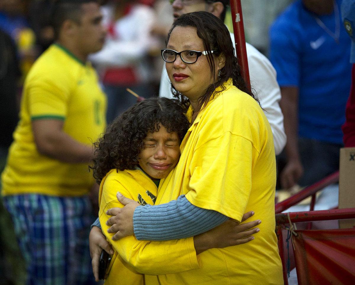 sad-brazil-fans-d3b298d47b7e4783bdc863e0e0363f2e-0.jpg