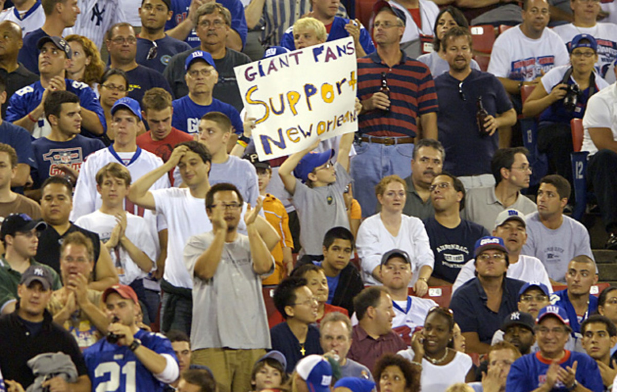 katrina-giants-fans-support-new-orleans.jpg
