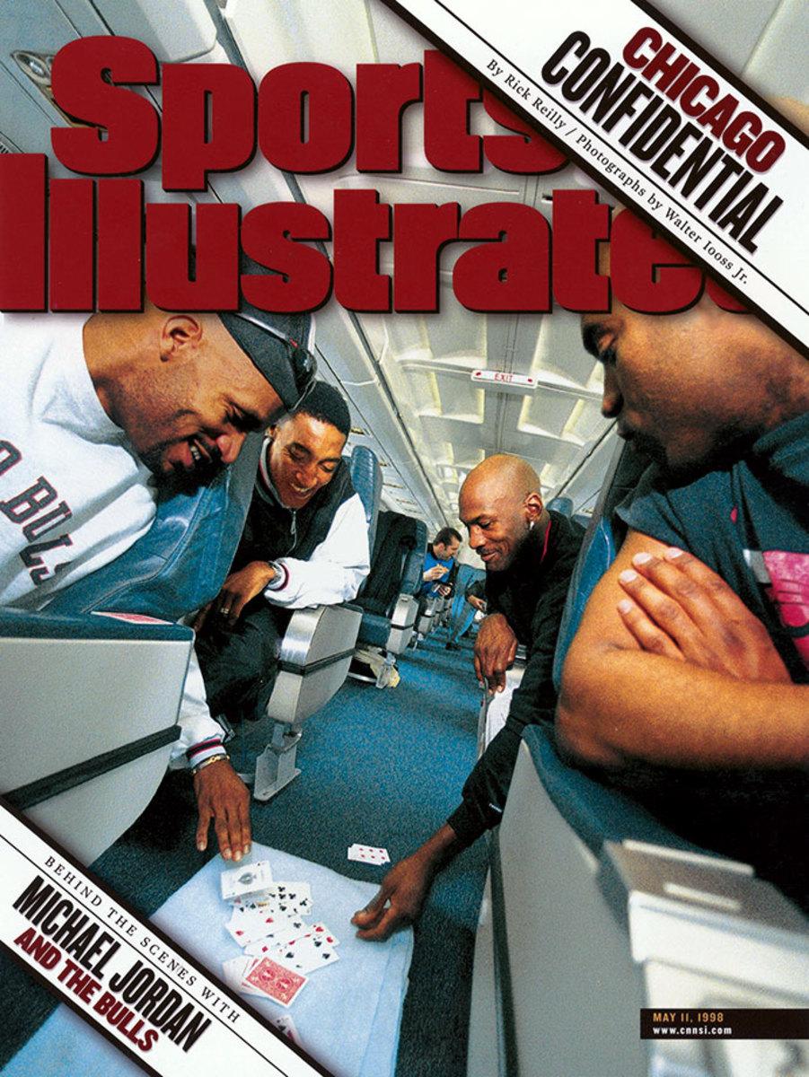 1998-0313-Ron-Harper-Scottie-Pippen-Michael-Jordan-Scott-Burrell-006274268.jpg