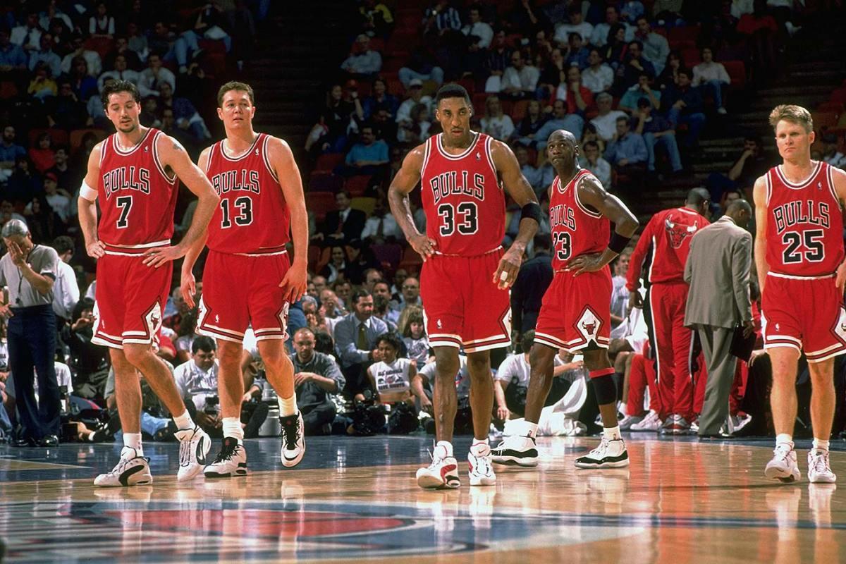 1996-0130-Toni-Kukoc-Luc-Longley-Scottie-Pippen-Michael-Jordan-Steve-Kerr-05774082.jpg