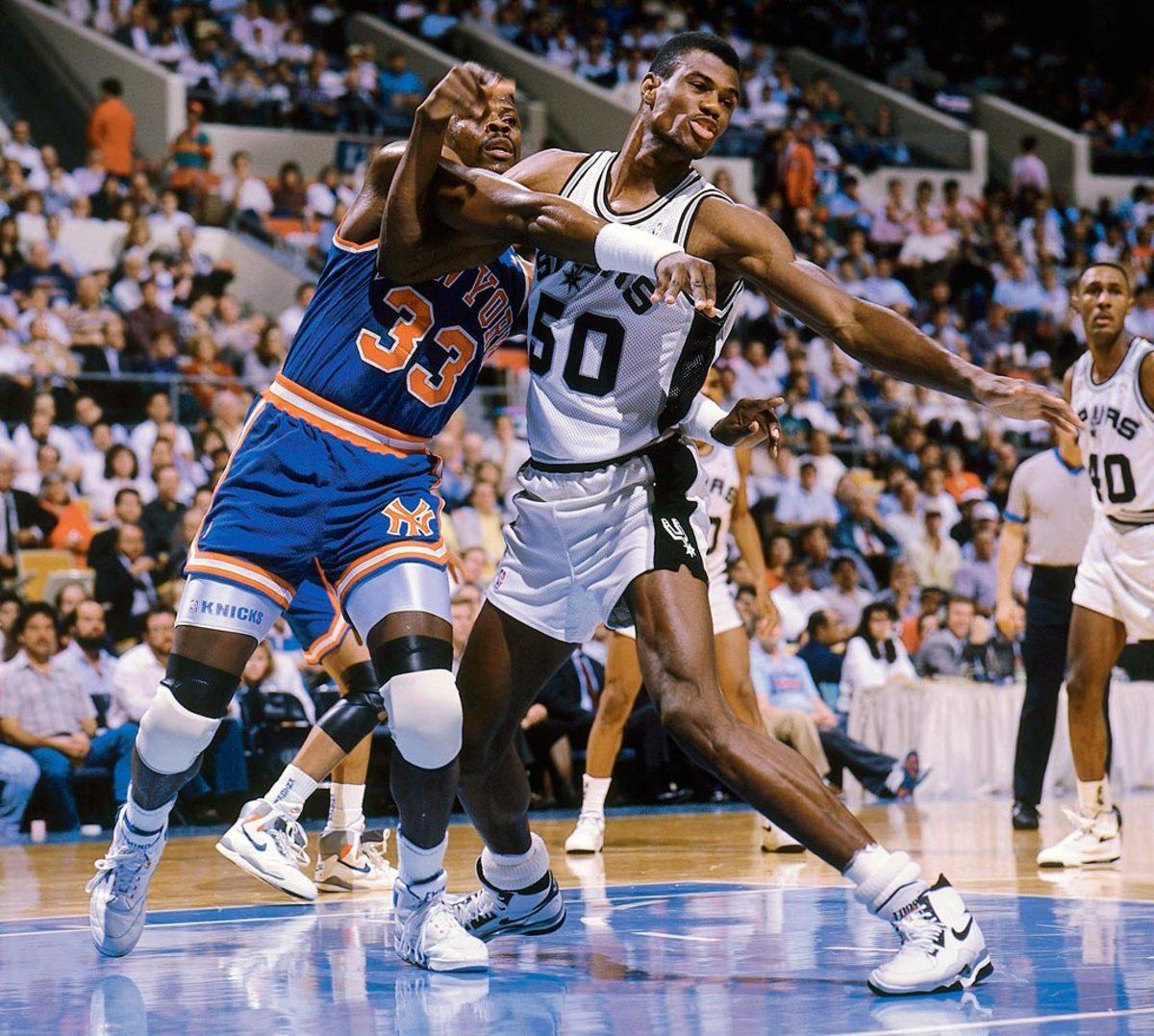 1990-David-Robinson-Patrick-Ewing-079003517.jpg