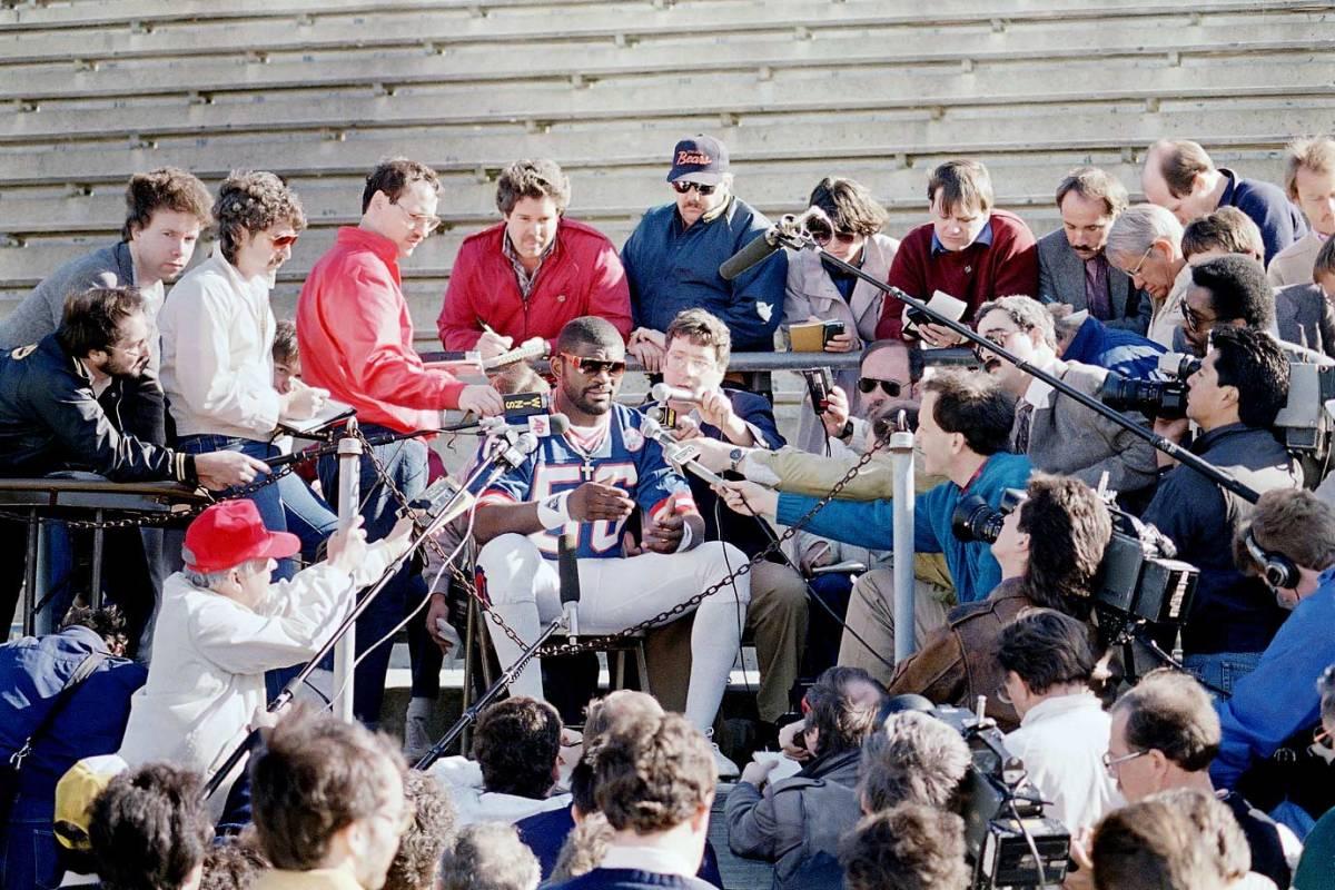 1987-Super-Bowl-XXI-Media-Day-Lawrence-Taylor.jpg