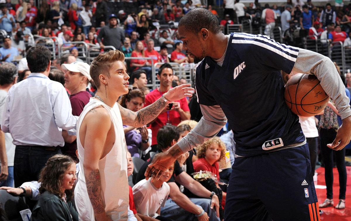 2014-0511-Justin-Bieber-Kevin-Durant.jpg