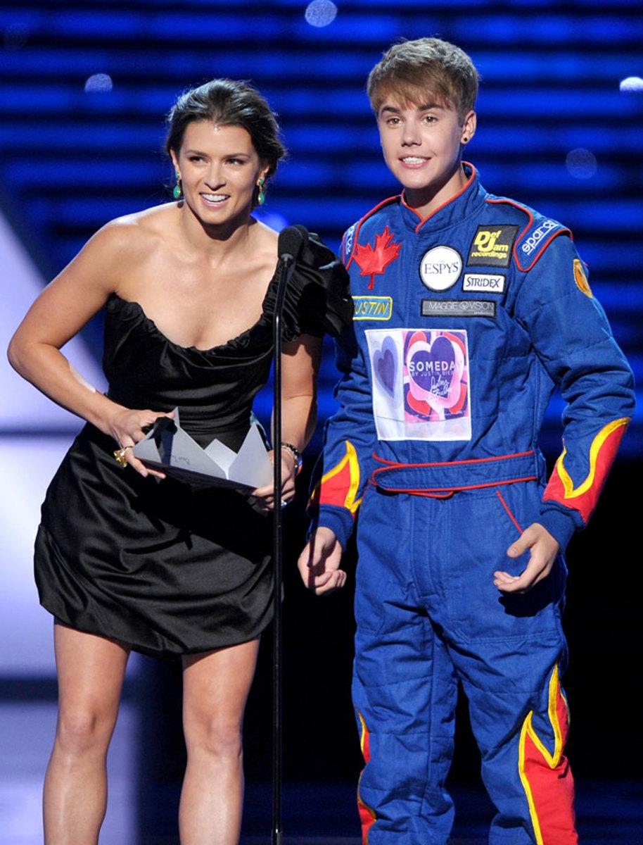 2011-0713-Justin-Bieber-Danica-Patrick.jpg