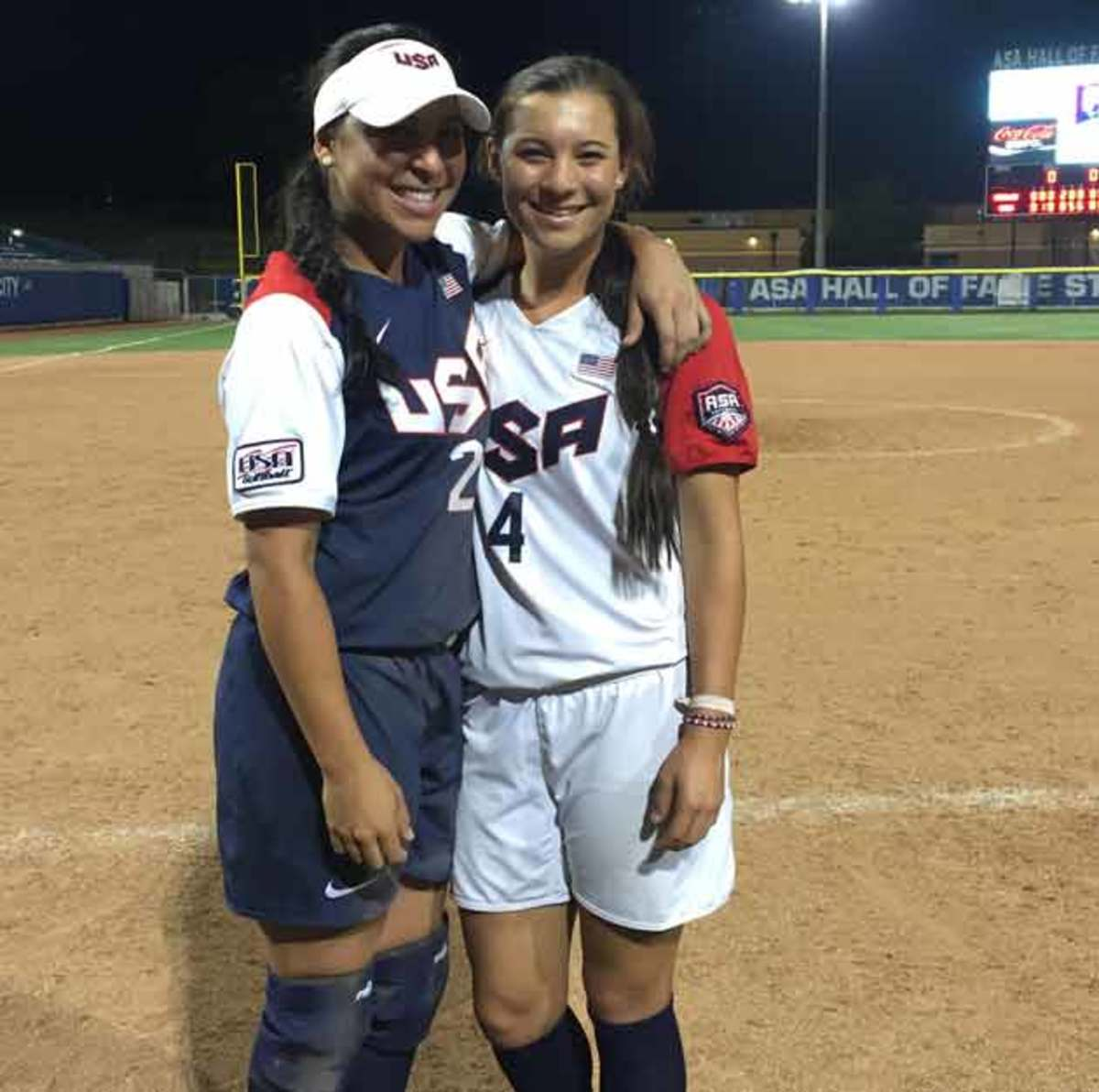 romero-sisters-usa-softball.jpg