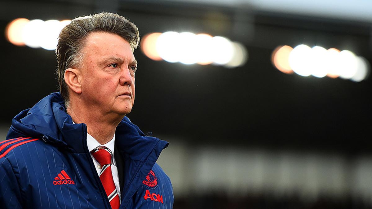 Manchester United Loses Again, Louis Van Gaal Senses