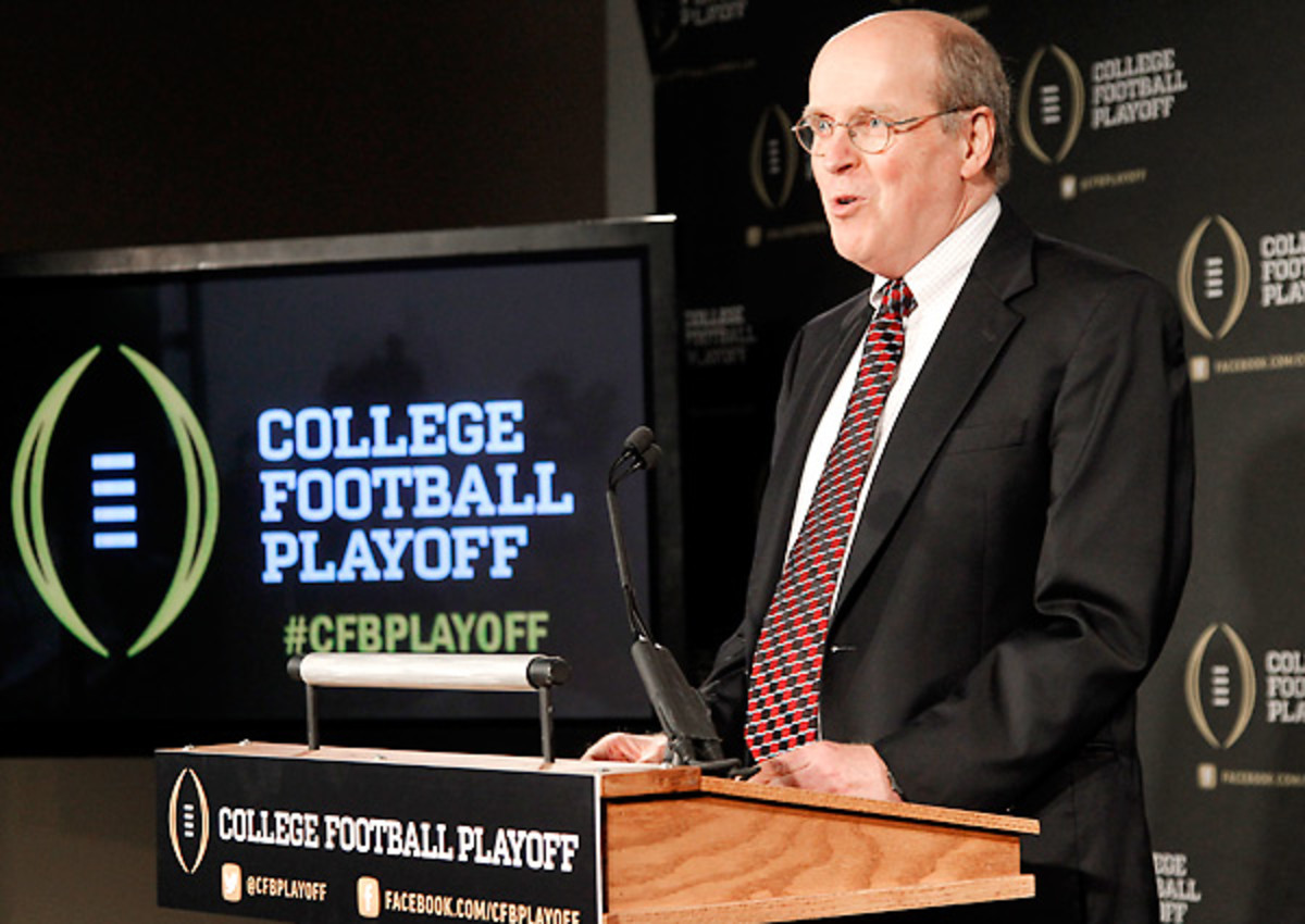 Tasked with handling the day-to-day business of the College Football Playoff, Executive Director Bill Hancock won't have a vote on the selection committee.
