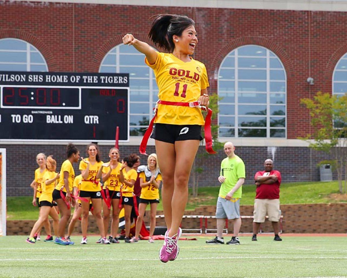 Washington-Redskins-cheerleaders-BEA_4346A.jpg