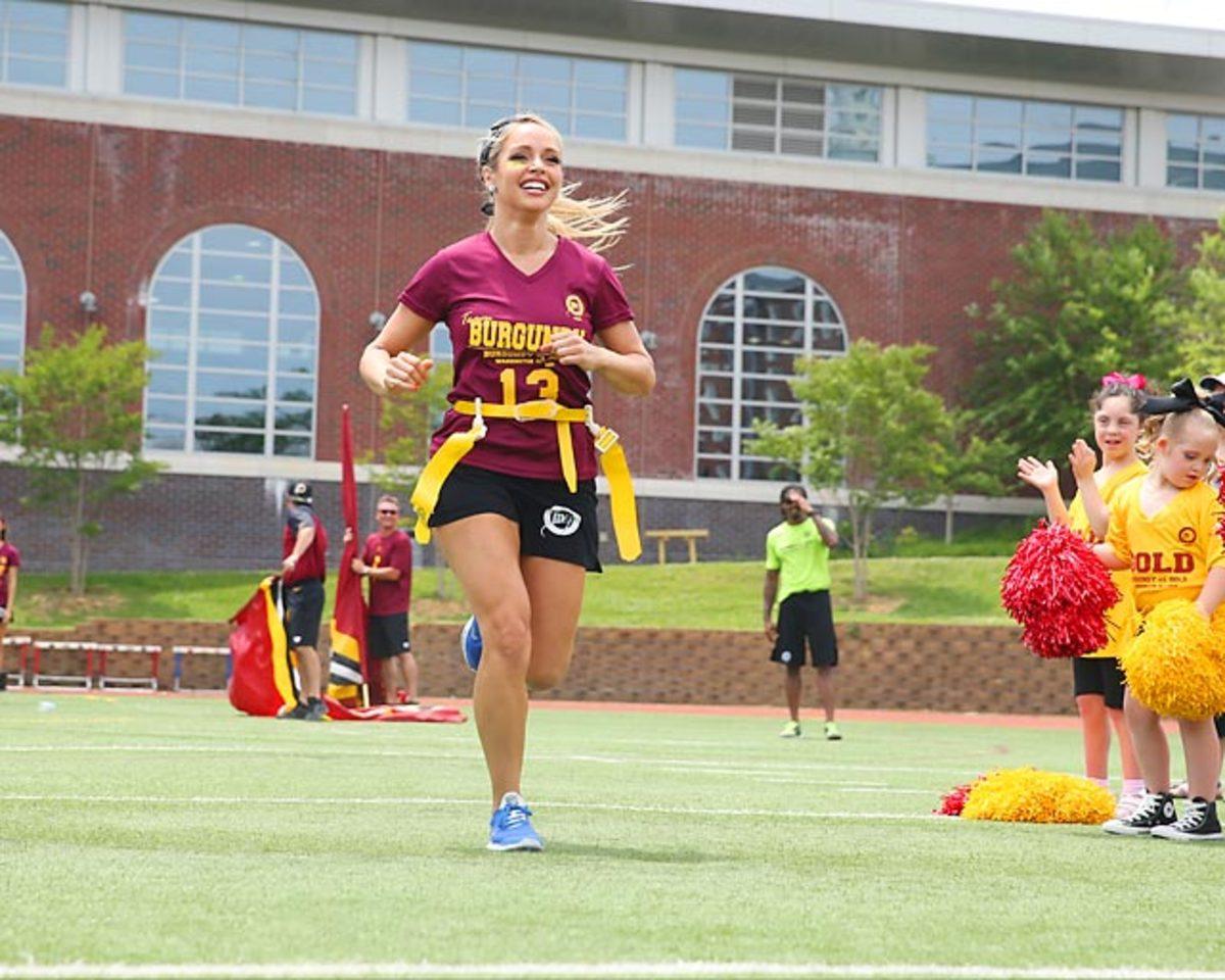 Washington-Redskins-cheerleaders-BEA_3817A.jpg