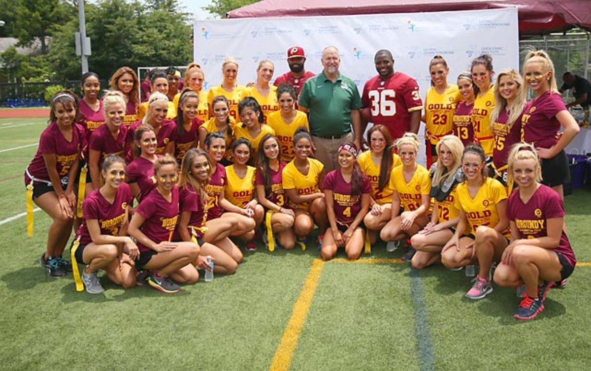 Washington-Redskins-cheerleaders-BEA_3448A.jpg