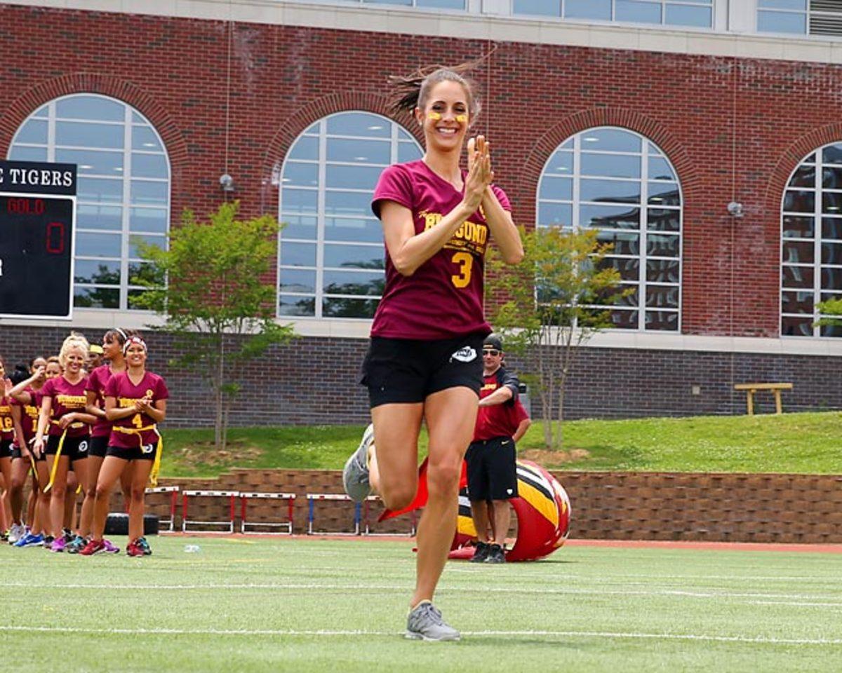 Washington-Redskins-cheerleaders-BEA_3672B.jpg