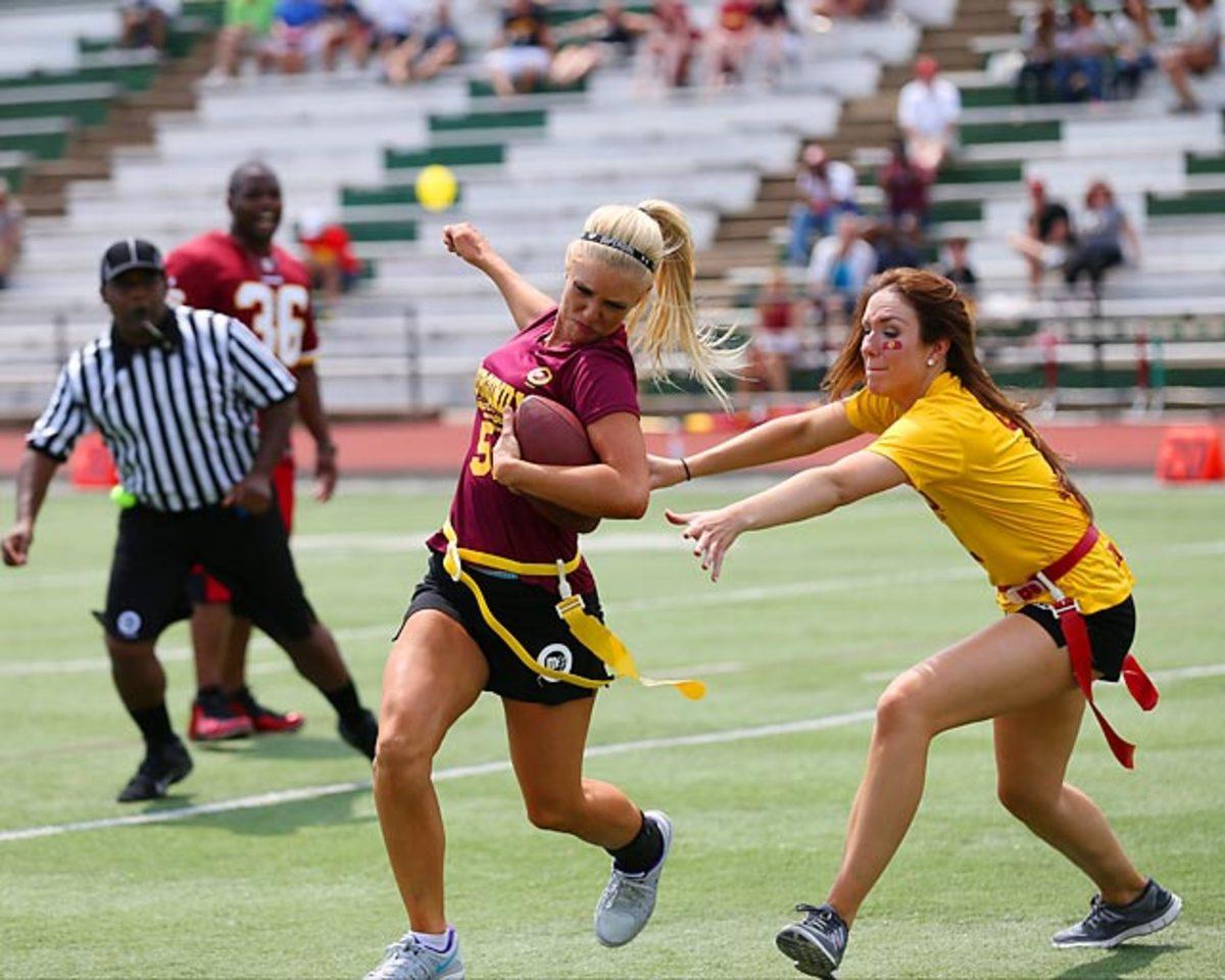 Washington-Redskins-cheerleaders-BEA_7043A.jpg