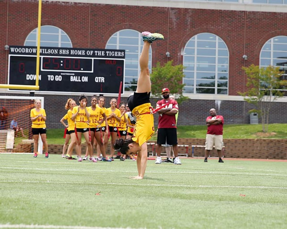 Washington-Redskins-cheerleaders-BEA_4296A.jpg