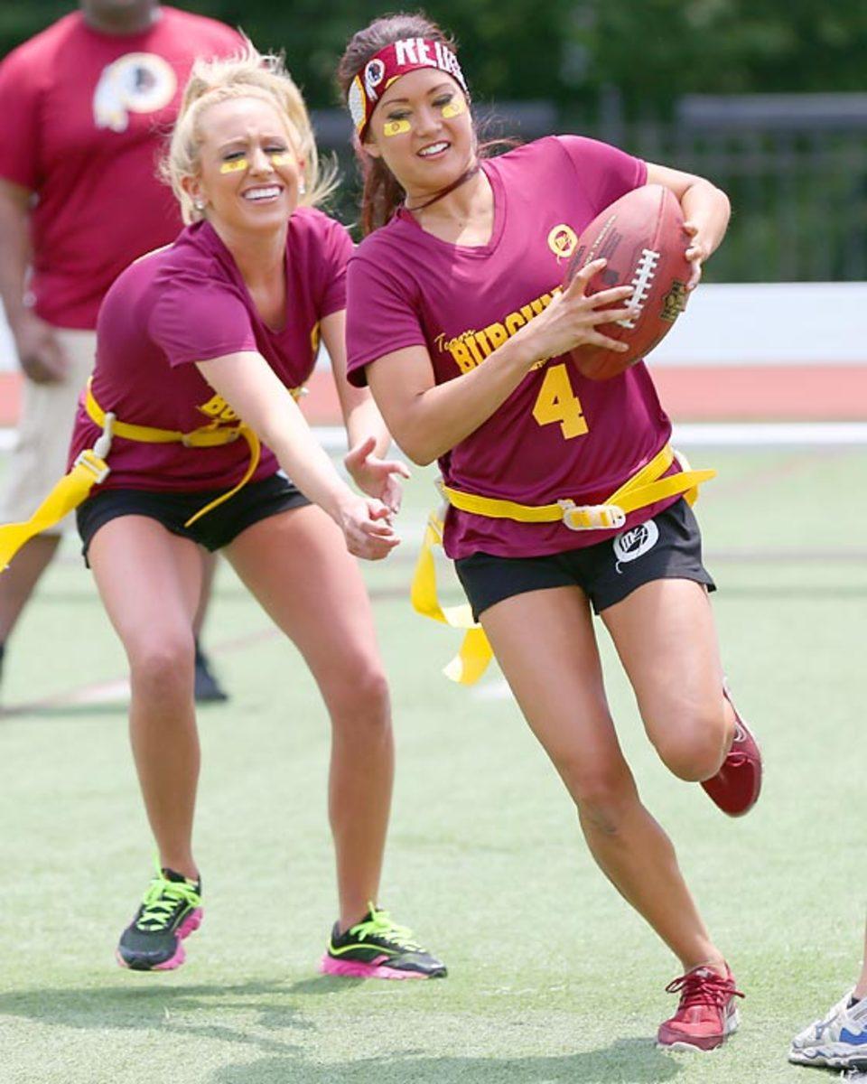 Washington-Redskins-cheerleaders-BEA_2424A.jpg