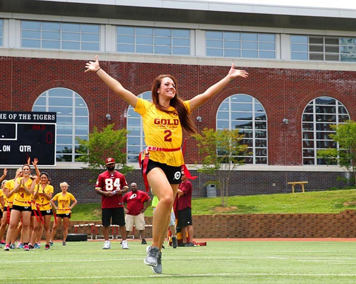 Washington-Redskins-cheerleaders-BEA_4173A.jpg
