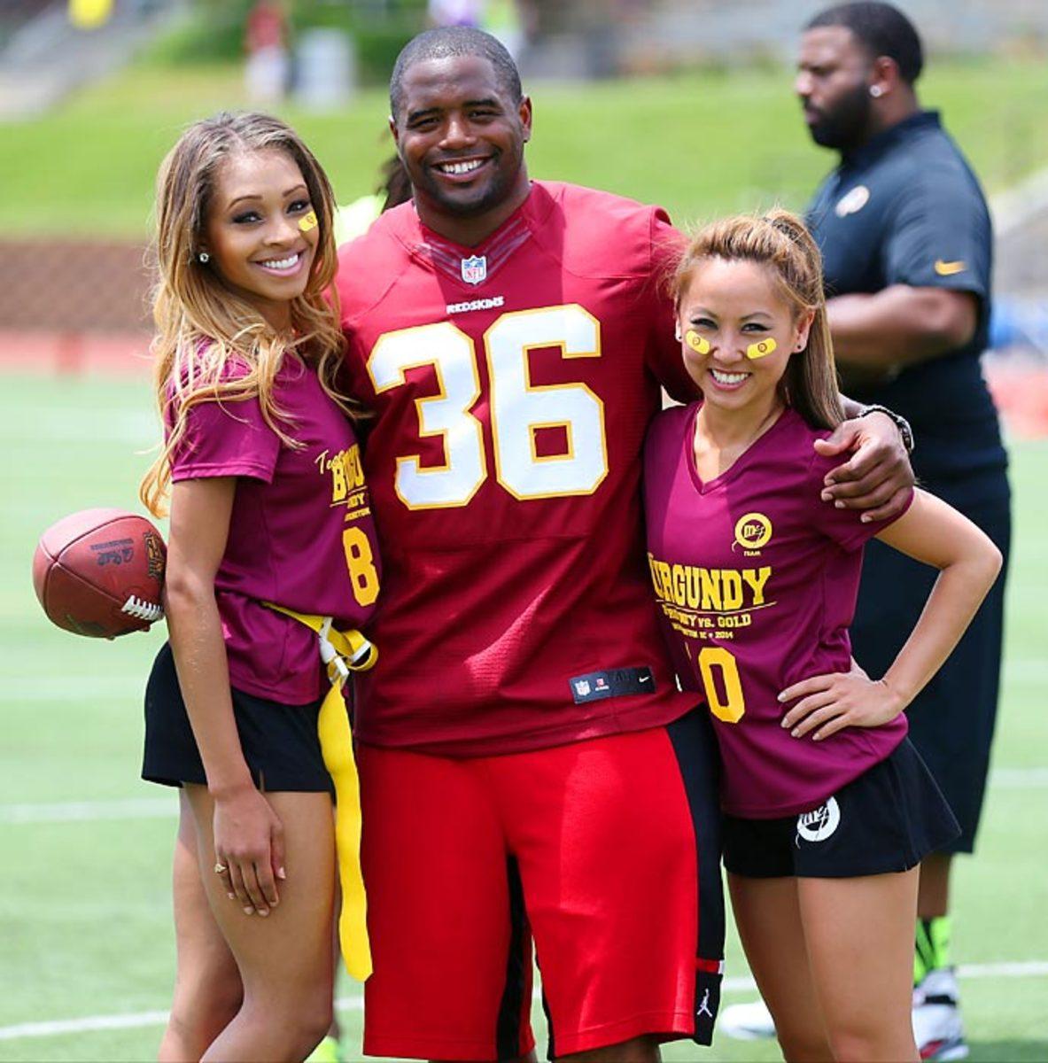 Washington-Redskins-cheerleaders-BEA_3129A.jpg