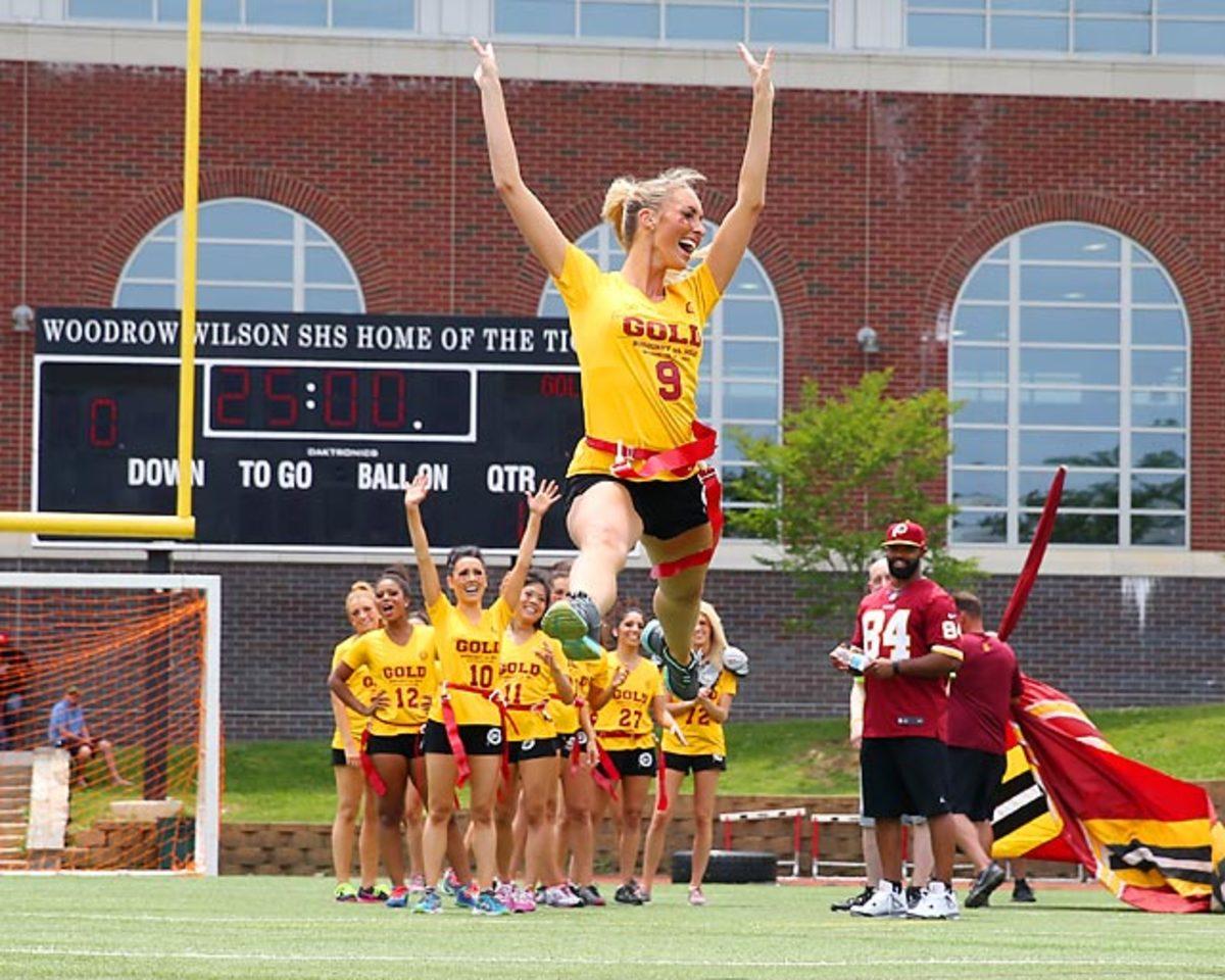 Washington-Redskins-cheerleaders-BEA_4267A.jpg
