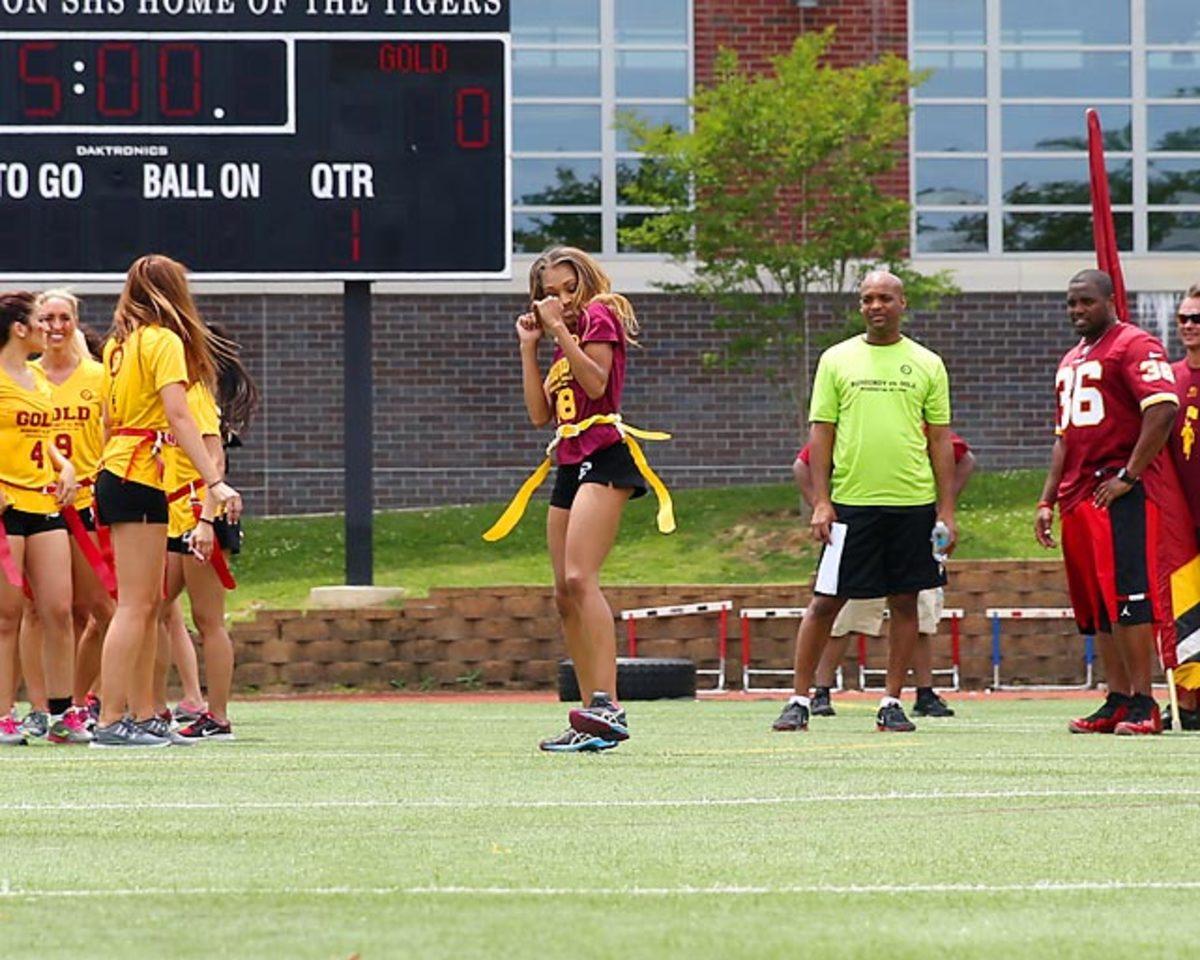 Washington-Redskins-cheerleaders-BEA_4062A.jpg