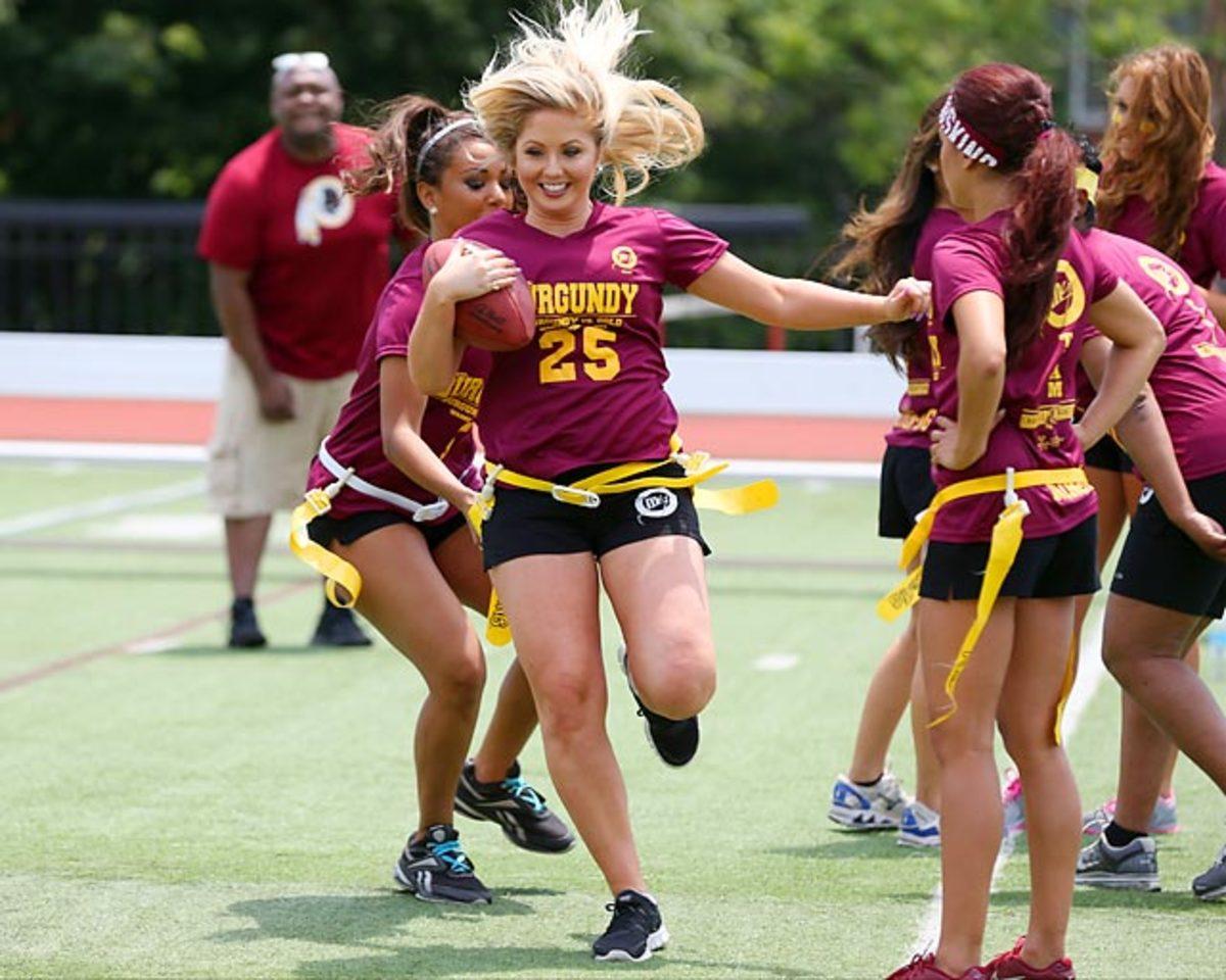 Washington-Redskins-cheerleaders-BEA_2477A.jpg