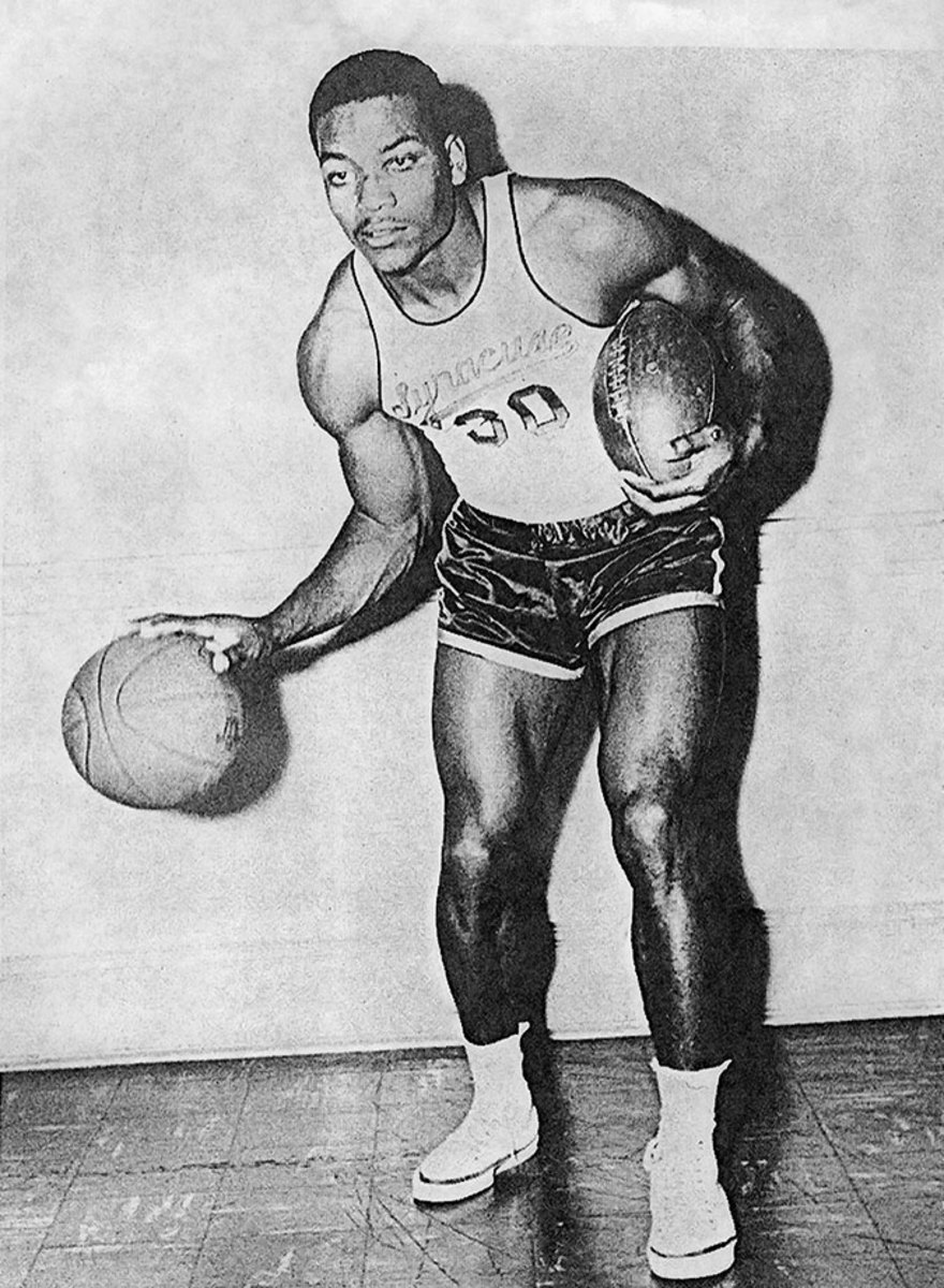 1955-Jim-Brown.jpg