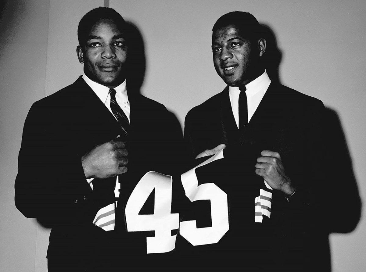 1961-07-Jim-Brown-Ernie-Davis.jpg