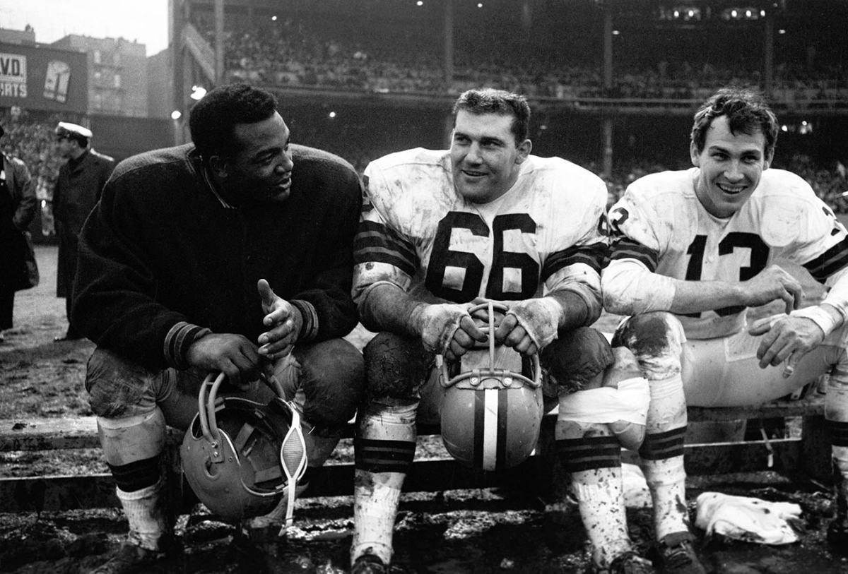 1964-1212-Jim-Brown-Gene-Hickerson-Frank-Ryan-NLC_02479.jpg