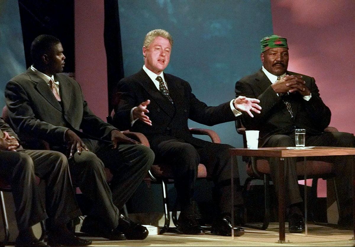 1998-0414-Keyshawn-Johnson-President-Bill-Clinton-Jim-Brown.jpg