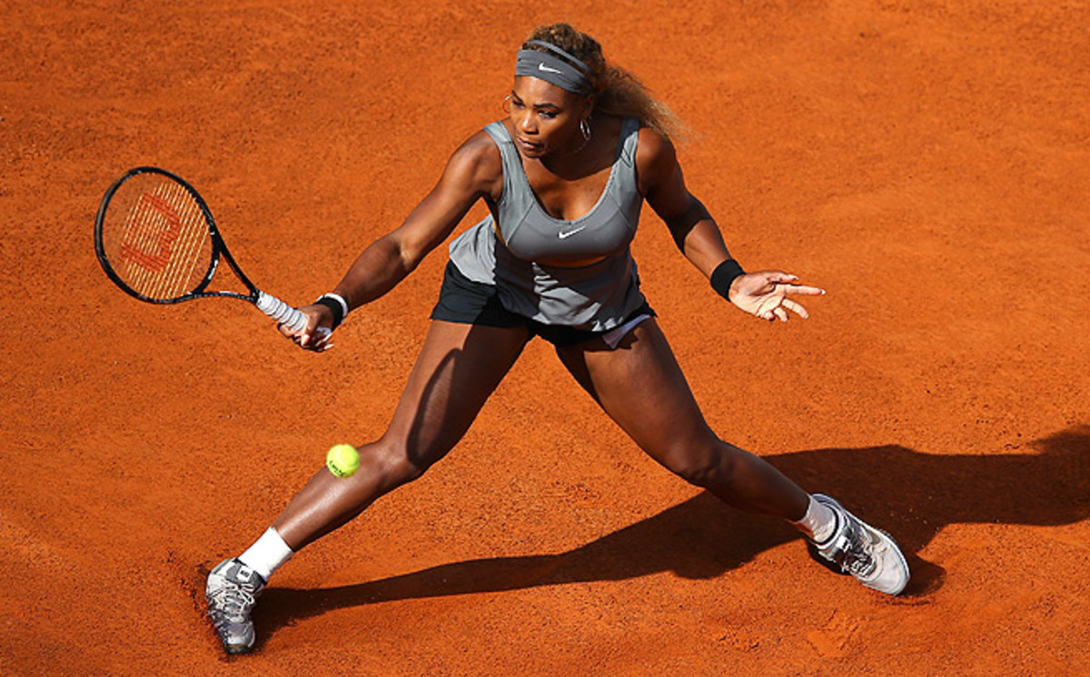 Serena Williams' leg wasn't taped, like in Madrid, for her first match at the Italian Open.