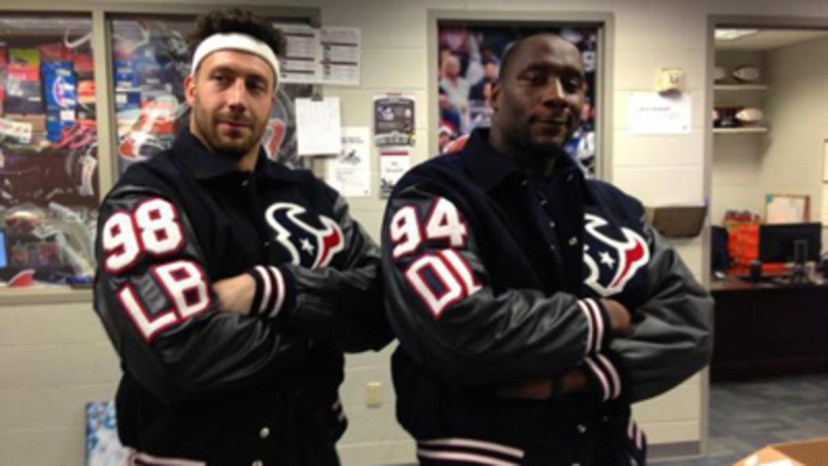 Connor Barwin and Antonio Smith in the Texans locker room. (Courtesy of Connor Barwin)