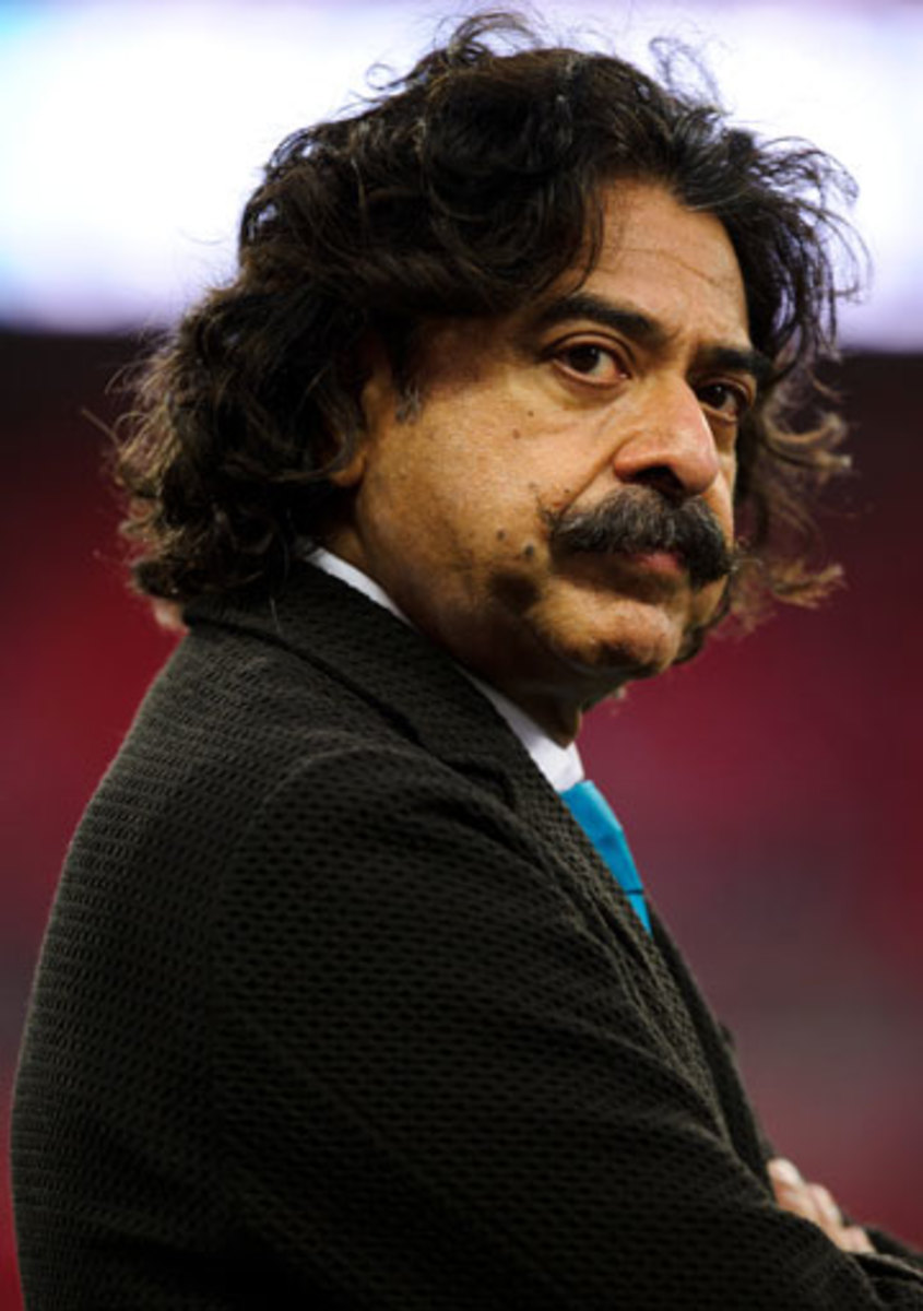 Khan owns London soccer club Fulham as well as the Jaguars. His NFL team gets some breaks thanks to its four-year commitment to the International Series. (Joe Toth/BPI/Icon SMI)