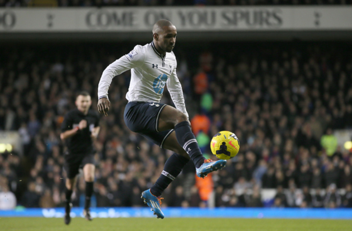 Despite an injury that has limited his playing time, Jermain Defoe was called in by Roy Hodgson for England's friendly against Denmark next week.