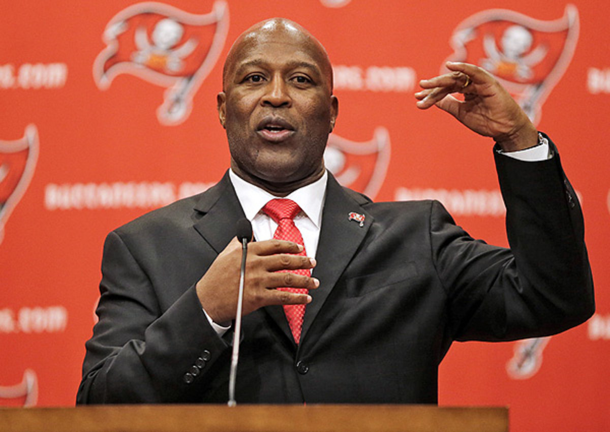 Lovie Smith Lovie Smith isn't ruling out anything in his first draft as head coach of the Buccaneers.