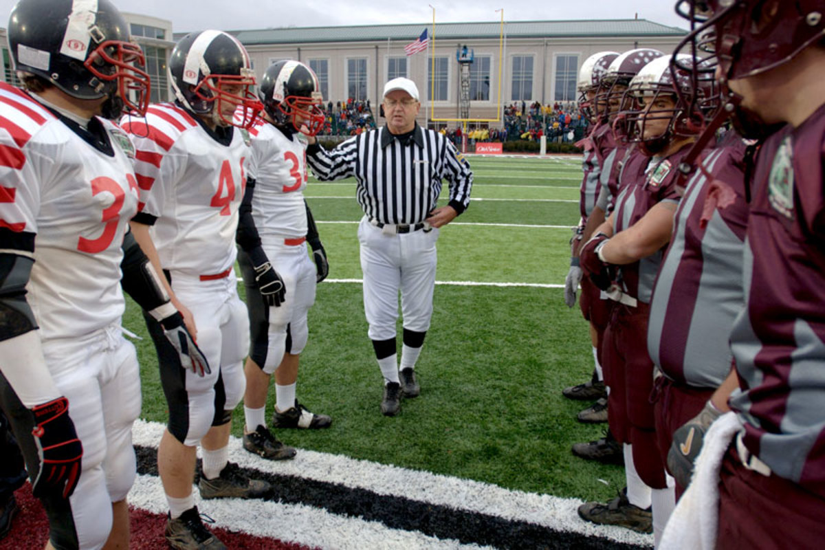 Easton and Phillipsburg captains met before the 2006 Thanksgiving game, the 100th anniversary of the rivalry. (Peter Turnley for Sports Illustrated)