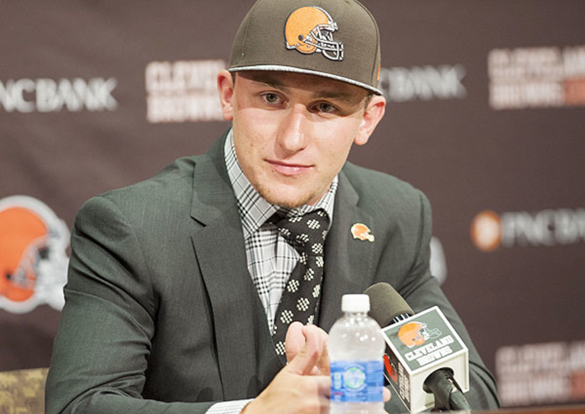 Johnny Manziel sends mid-draft text to Cleveland Browns: 'Hurry up and draft me'