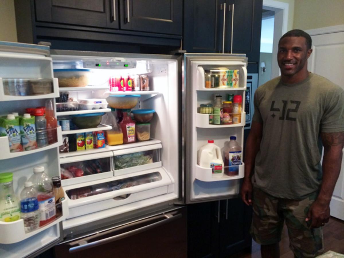 Inside the fridge of Chicago Bears safety Ryan Mundy