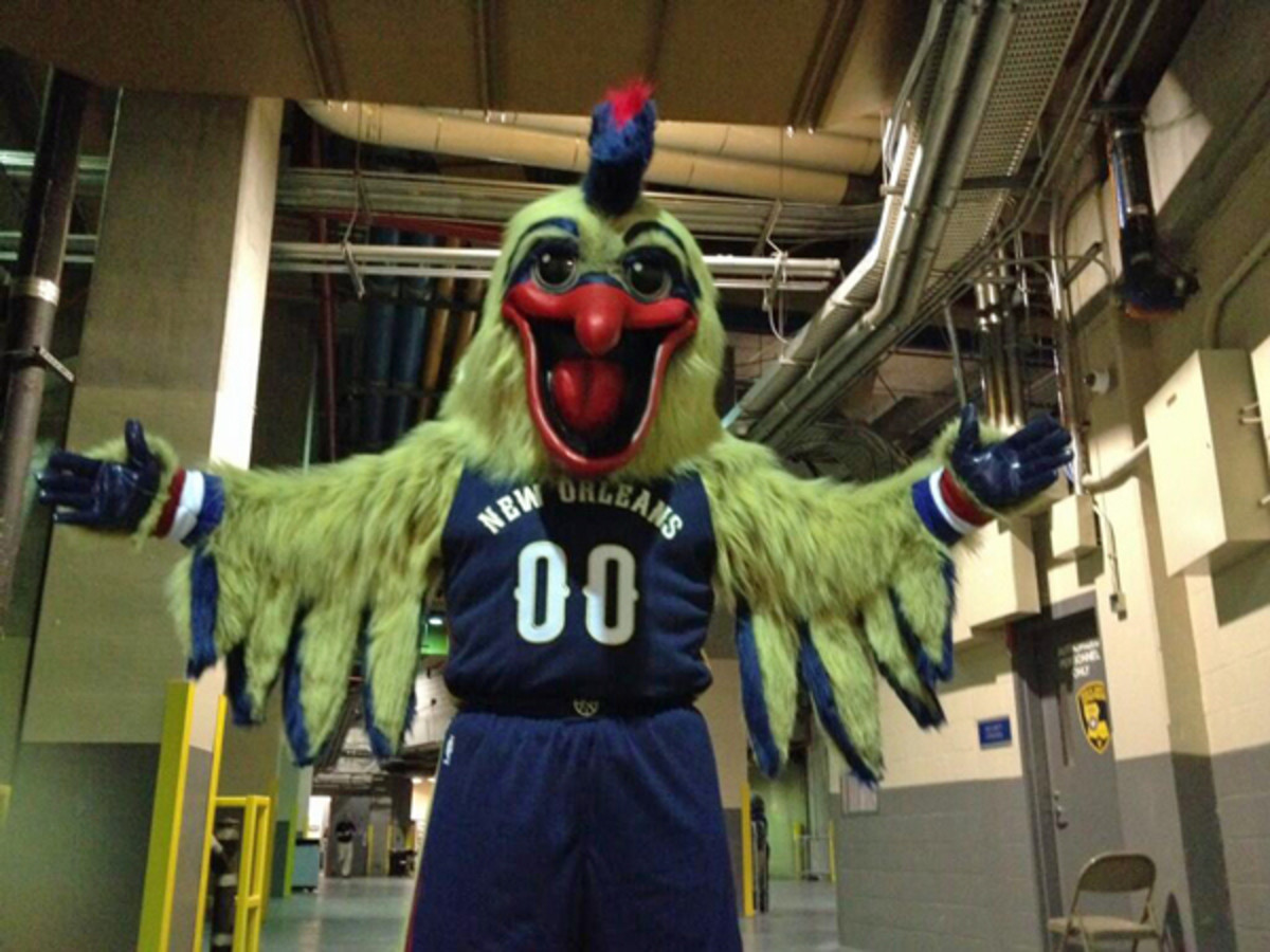 Be thankful Big Easy, this crazed monster is off the streets. (via @PelicansNBA)