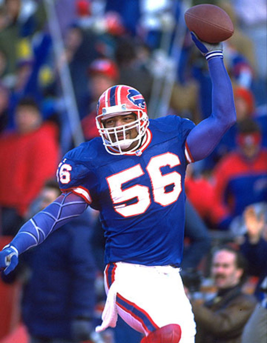 Darryl Talley was a Bill from 1983-94, playing linebacker in all four of Buffalo's Super Bowl appearances.(Rick Stewart/Getty Images)