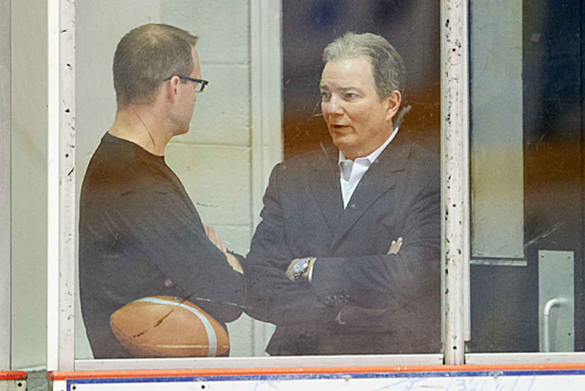 Coach Dan Bylsma and GM Ray Shero of the Pittsburgh Penguins