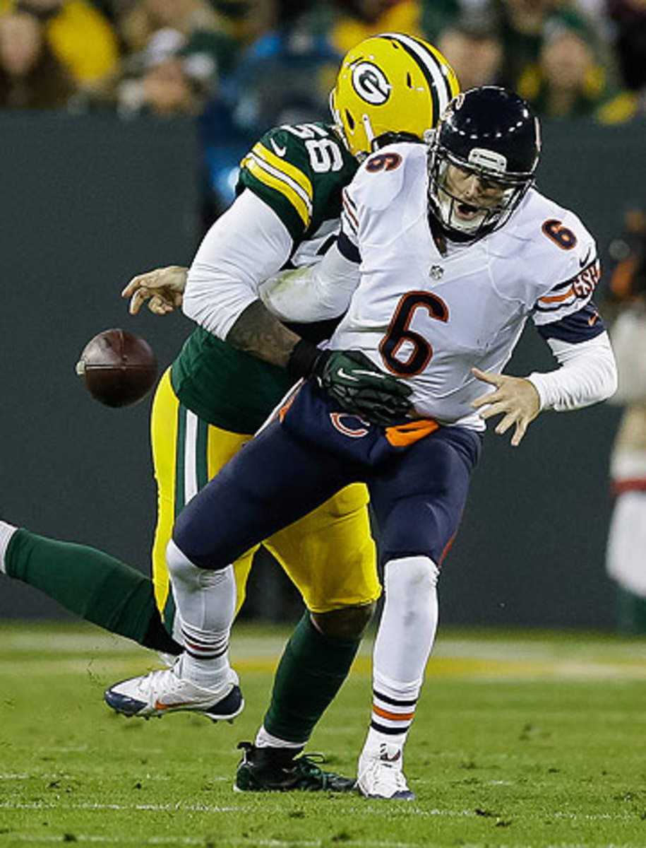 Sunday night's loss to Green Bay left Jay Cutler 1-11 against against the Bears' rival. (Tom Lynn/Getty Images)