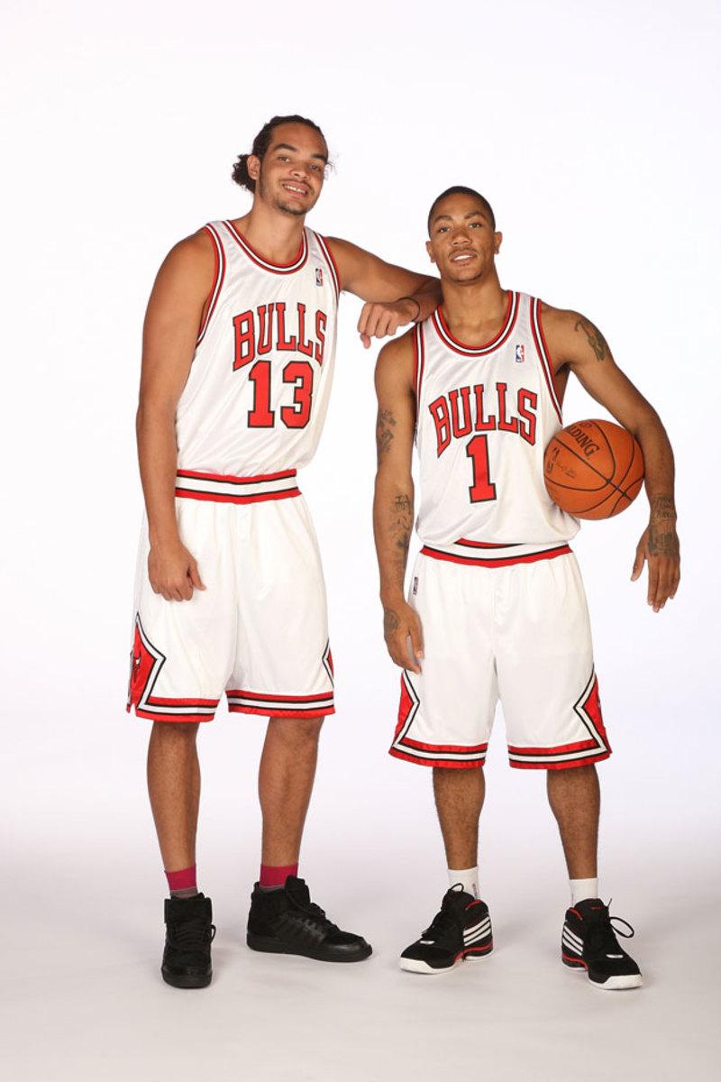 Derrick Rose and Joakim Noah :: Getty Images