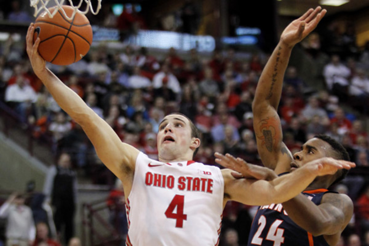 Aaron Craft chipped in 11 points while stepping up his defensive game to help Ohio State snap its losing streak at four games. (Paul Vernon/AP)